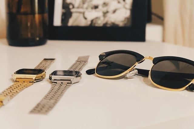 solbriller og ure